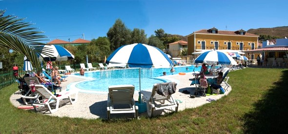 Plubis Studios Apartments - Kalamaki Zante Greece